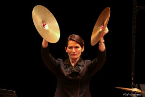OHA, Cymbale